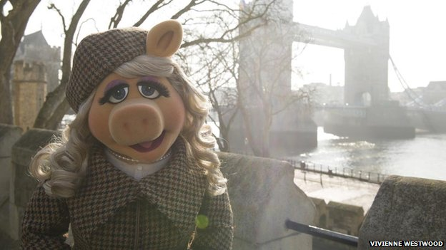 Miss-Piggy-has-emerged-as-the-latest-high-profile-film-character-to-bring-attention-to-Harris-Tweed